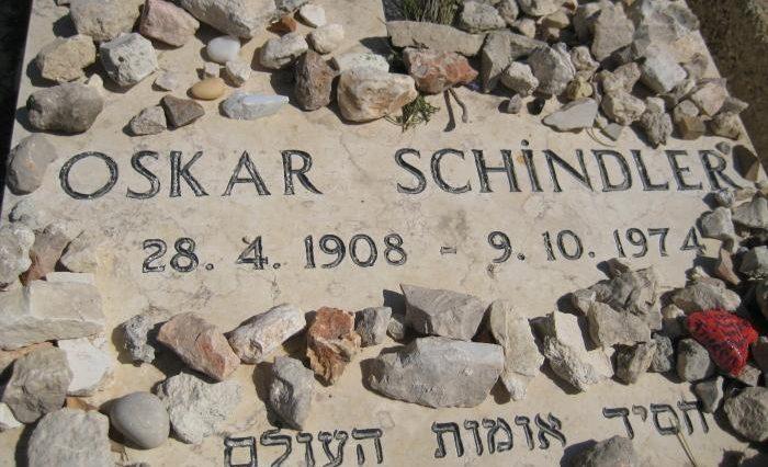 Perché gli ebrei mettono i sassi sulle tombe