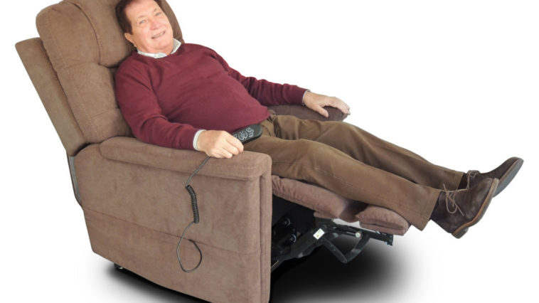 poltrona relax anziani